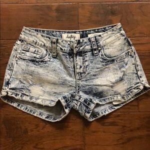 Day trip denim shorts